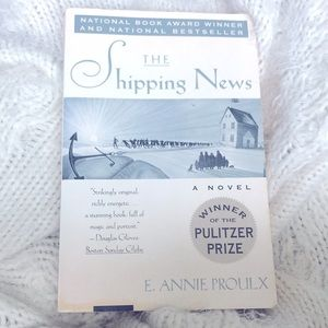 📚 BOOK: The Shipping News by E. Annie Proulx 🥇